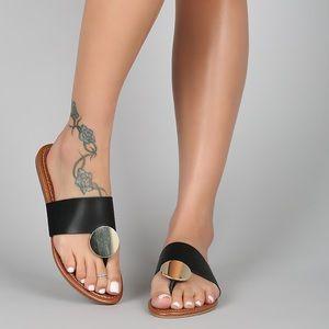 Shoes - LAST‼️BLACK THONG GOLD DISC SANDALS FLATS